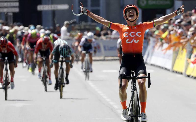 Portada Mujeres Ciclistas - IS23 Tienda Online Ciclismo para Mujer